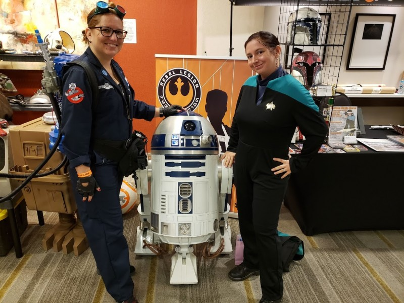Rachel and I with the same R2-D2 I posted about a few weeks ago.